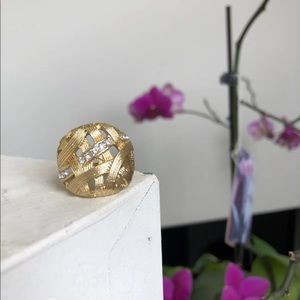 Jewelry - Faux Gold Cocktail Ring sz 9